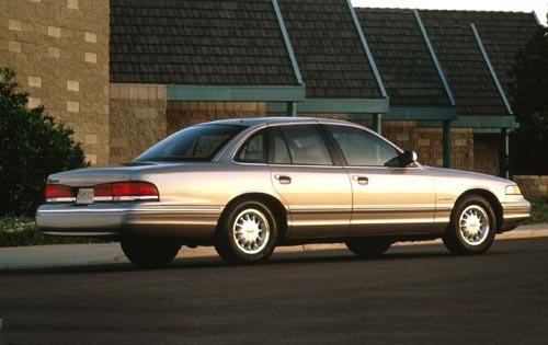 1995 ford crown victoria sedan base rq oem 1 500