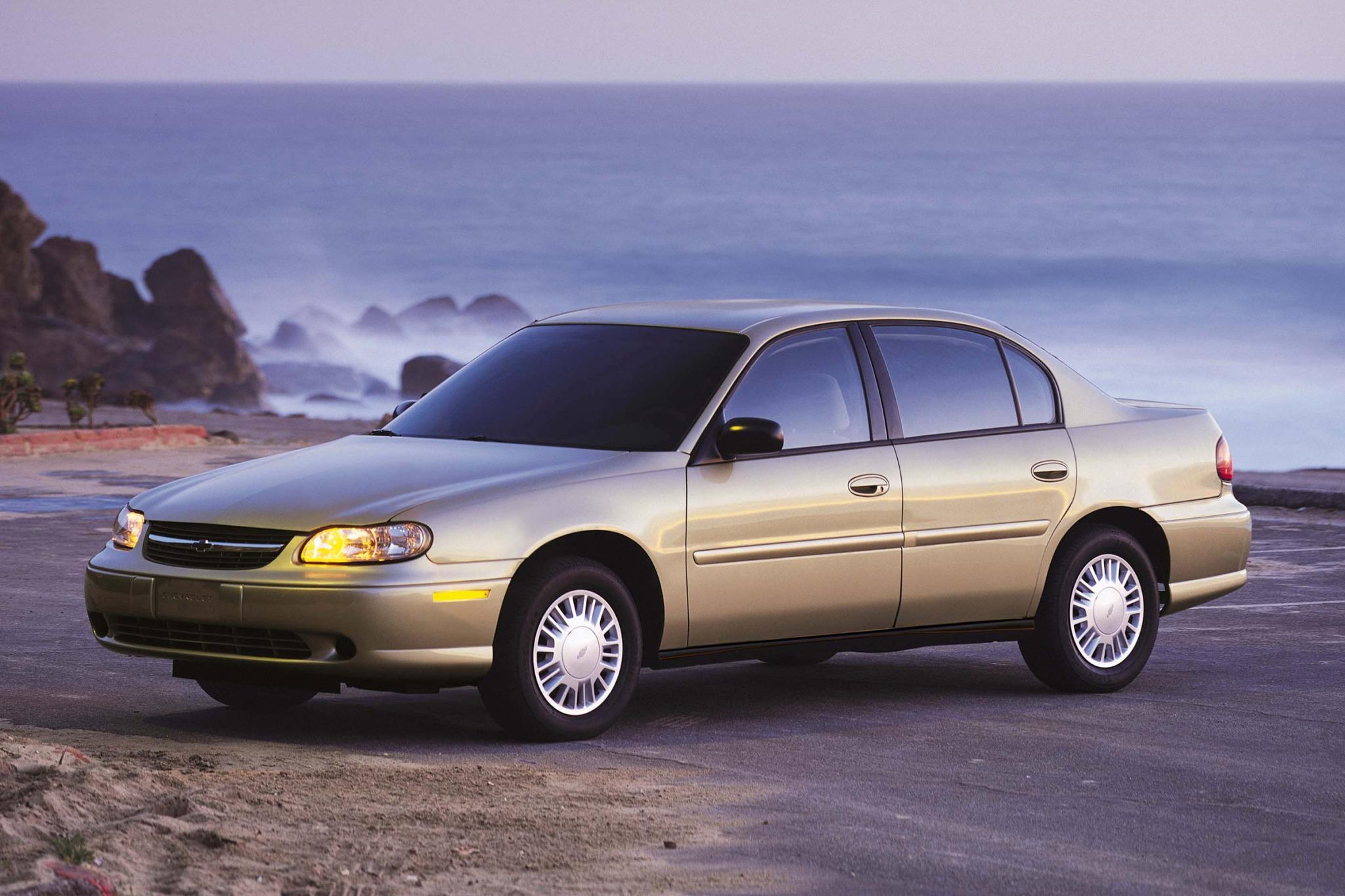 2004 chevrolet classic sedan fleet fq oem 1 2048