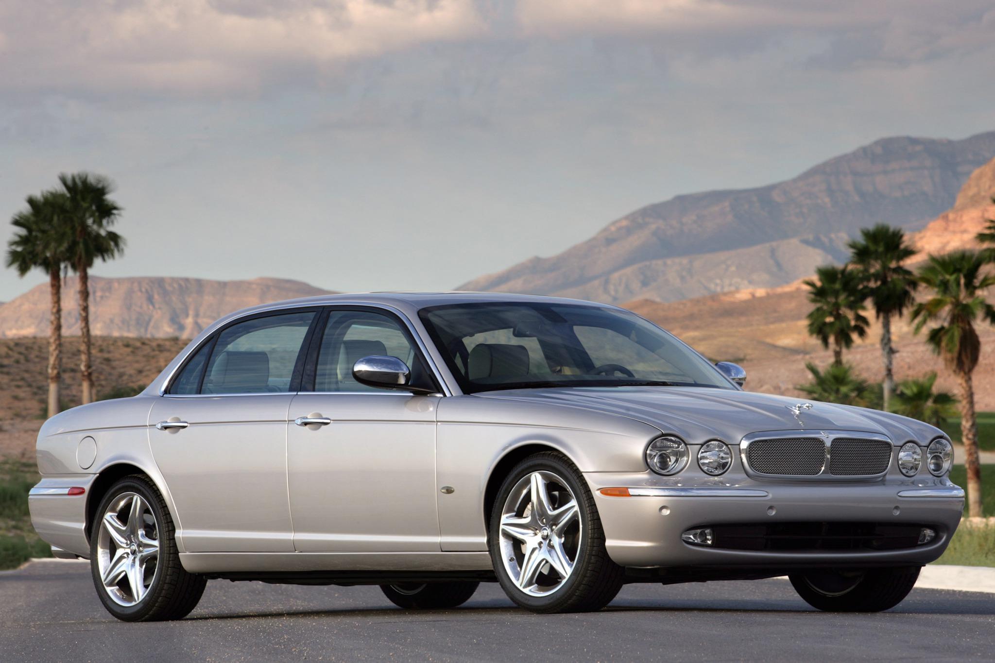 2007 jaguar xj series sedan super v8 fq oem 3 2048