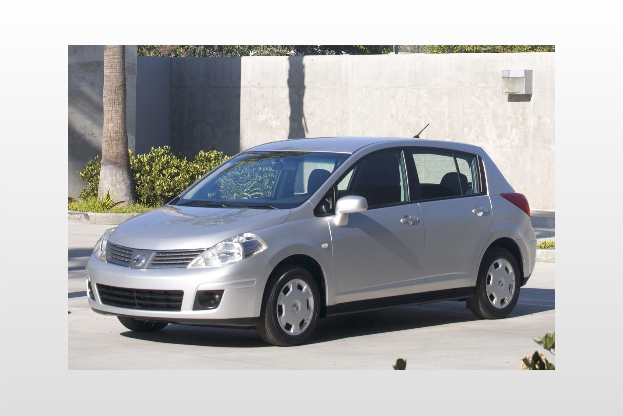 2007 nissan versa 4dr hatchback 18 s fq oem 1 2048