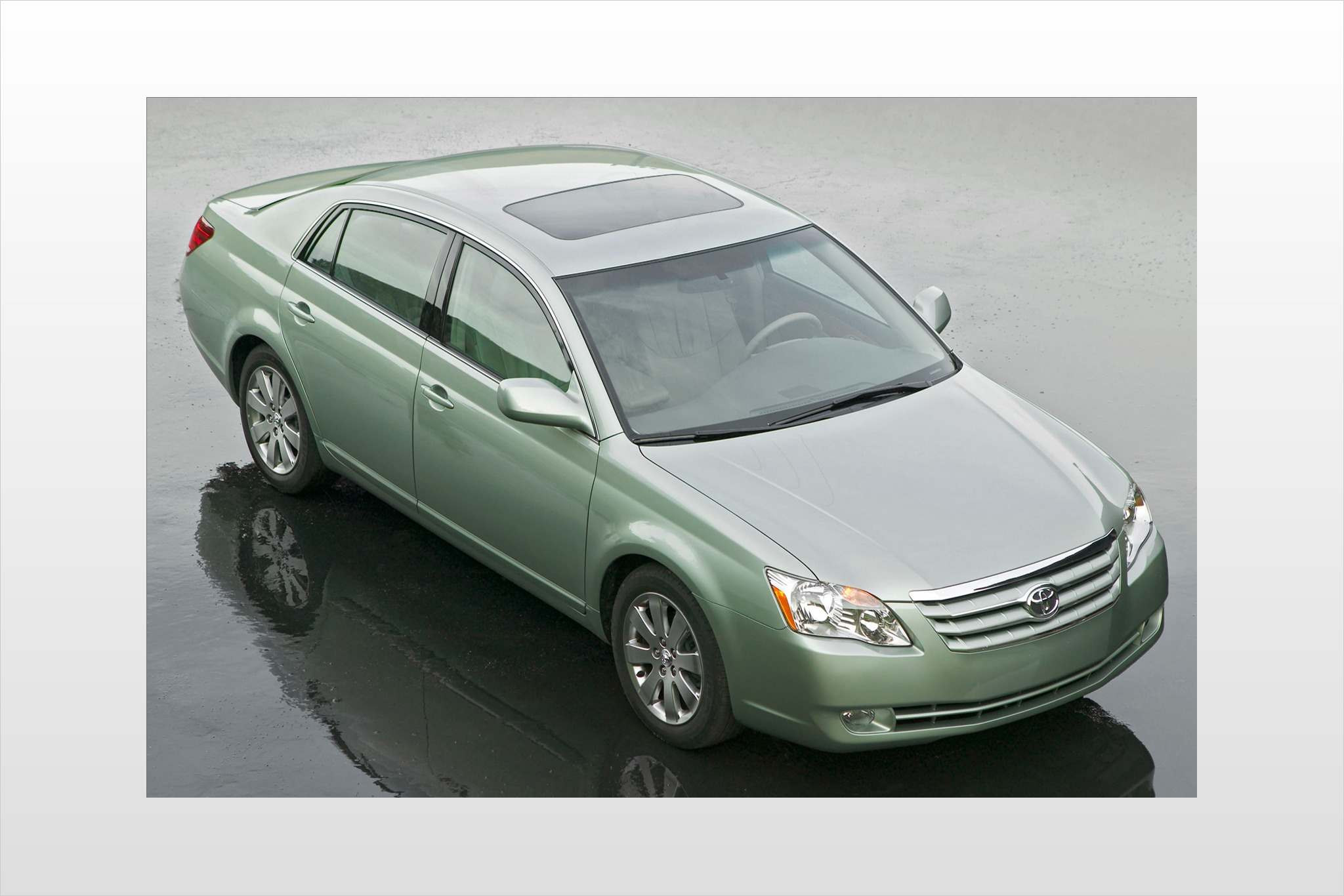 2007 toyota avalon sedan xls fq oem 4 2048