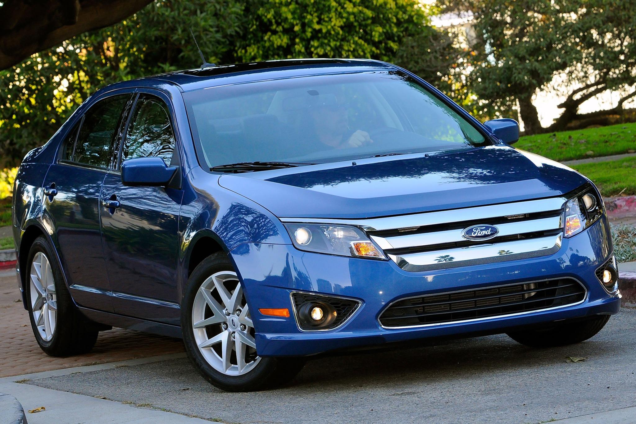 2010 ford fusion sedan sel fq oem 2 2048