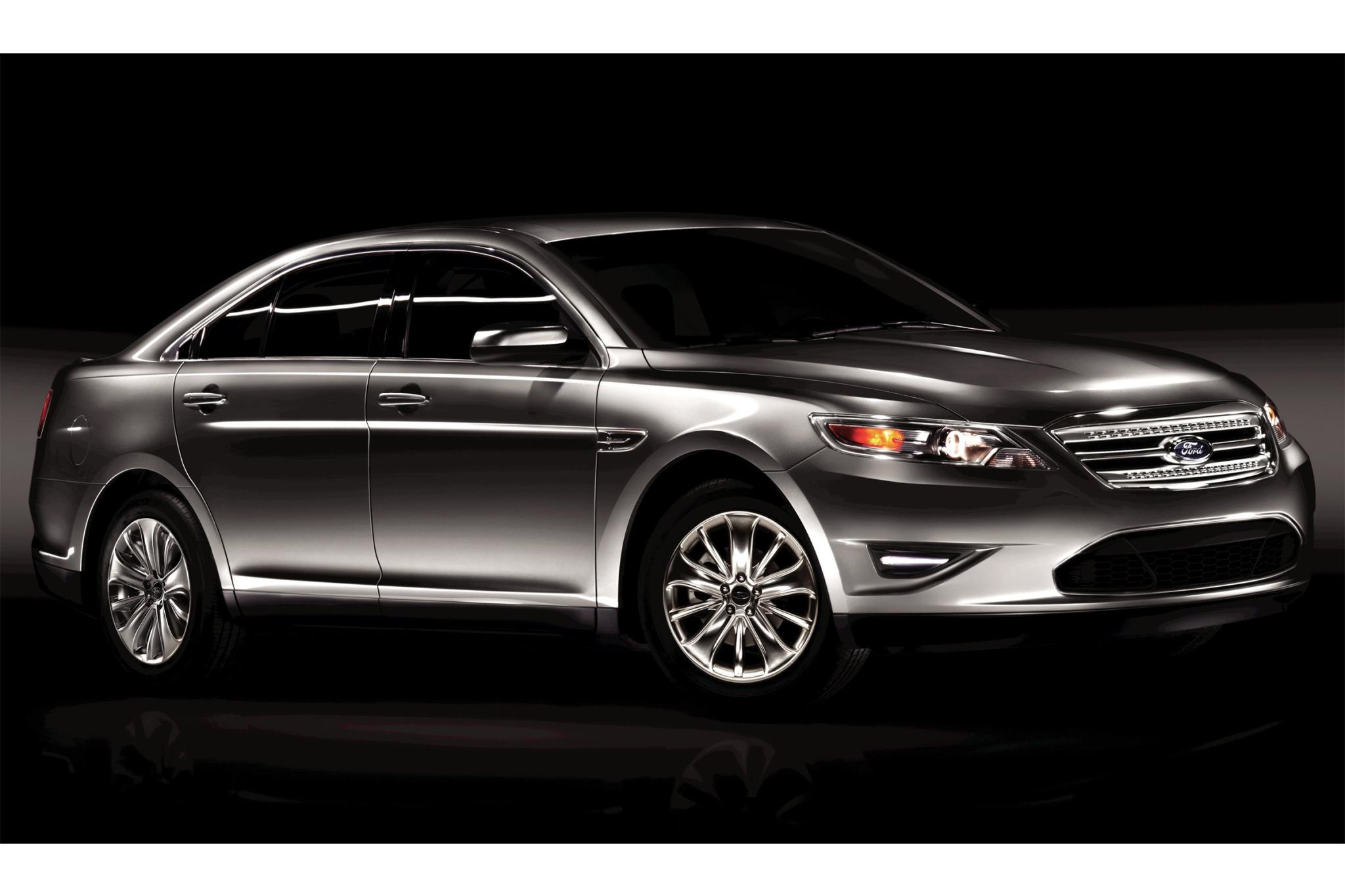 2010 ford taurus sedan limited fq oem 3 2048