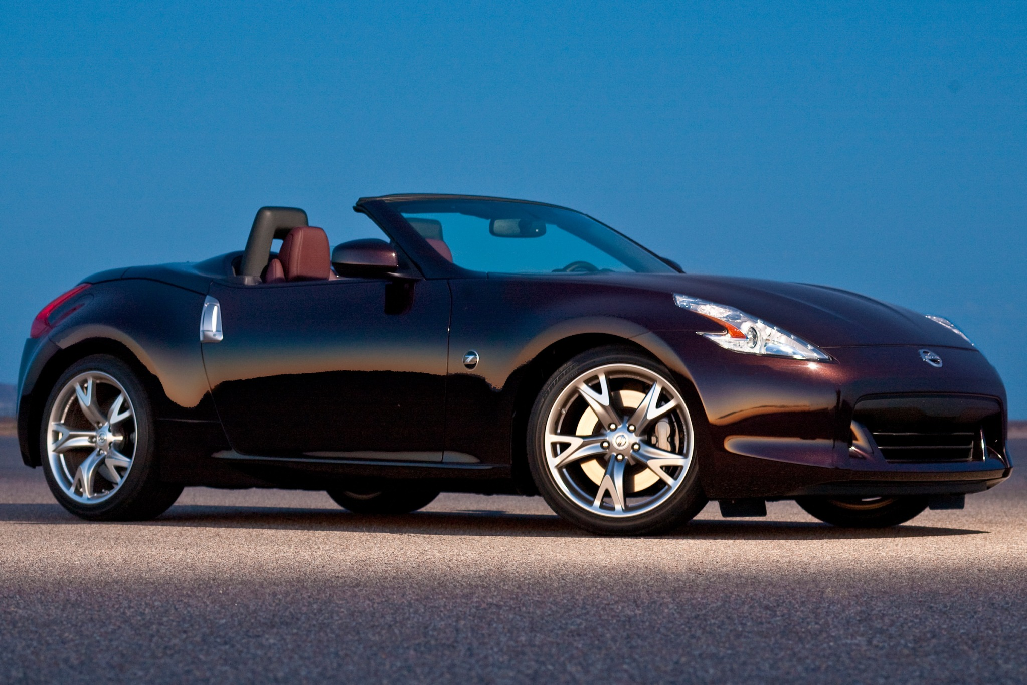 2010 nissan 370z convertible touring fq oem 3 2048