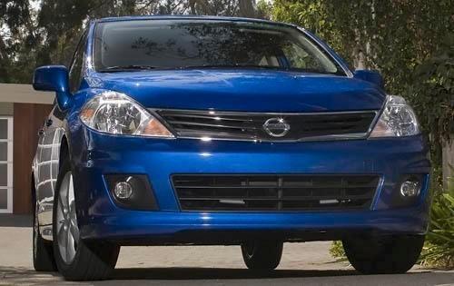 2011 nissan versa 4dr hatchback 18 sl fq oem 1 500