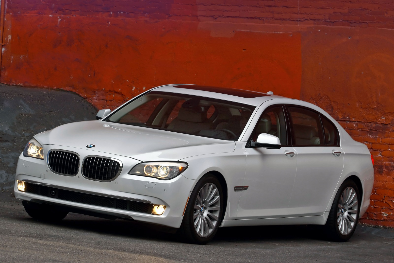 Maintenance Schedule for 2012 BMW 7 Series | Openbay
