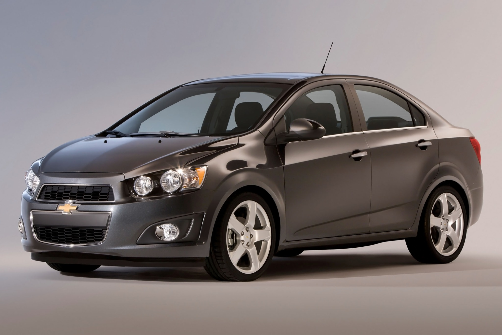 2012 chevrolet sonic sedan ltz fq oem 1 2048