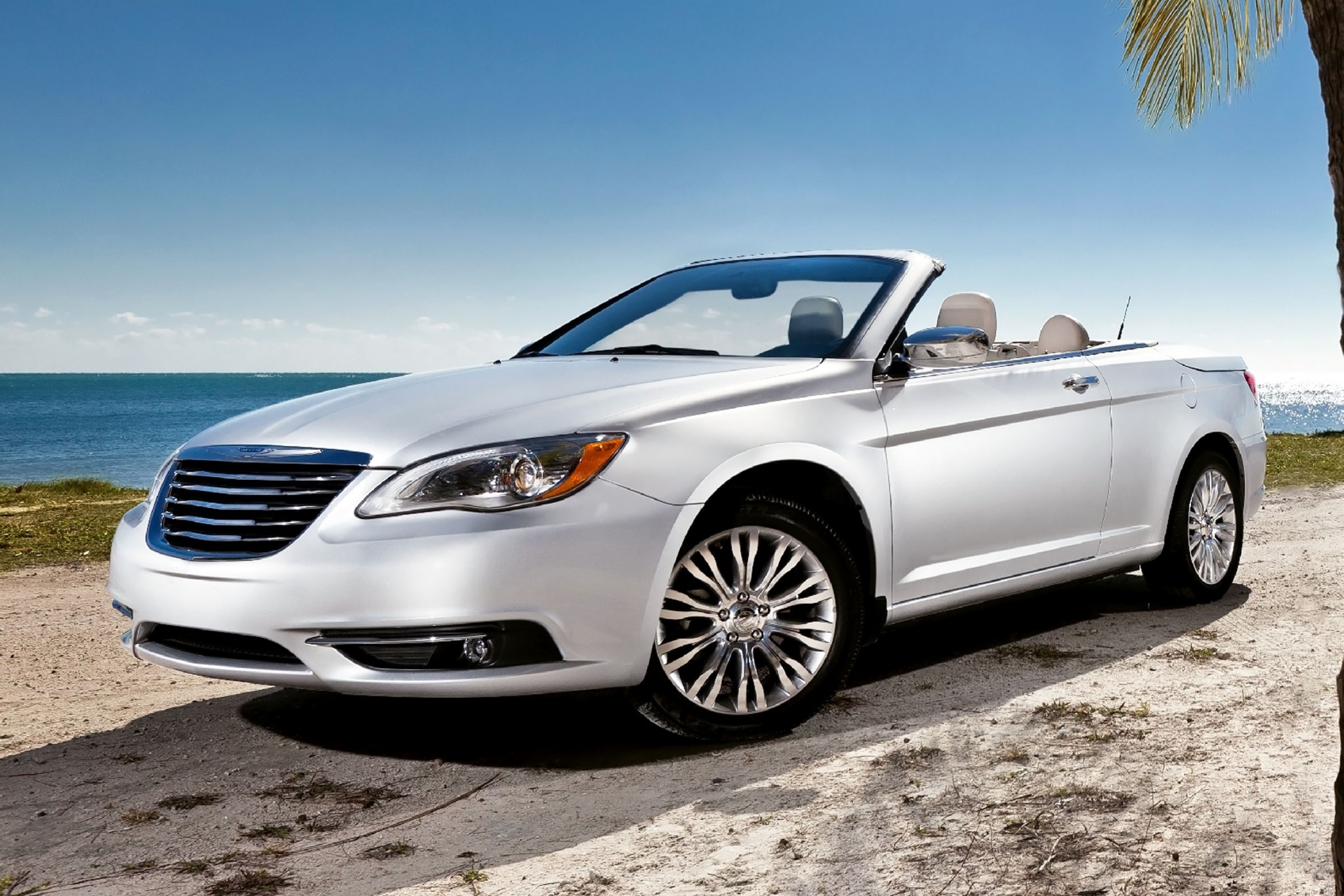 2013 chrysler 200 convertible limited fq oem 1 2048