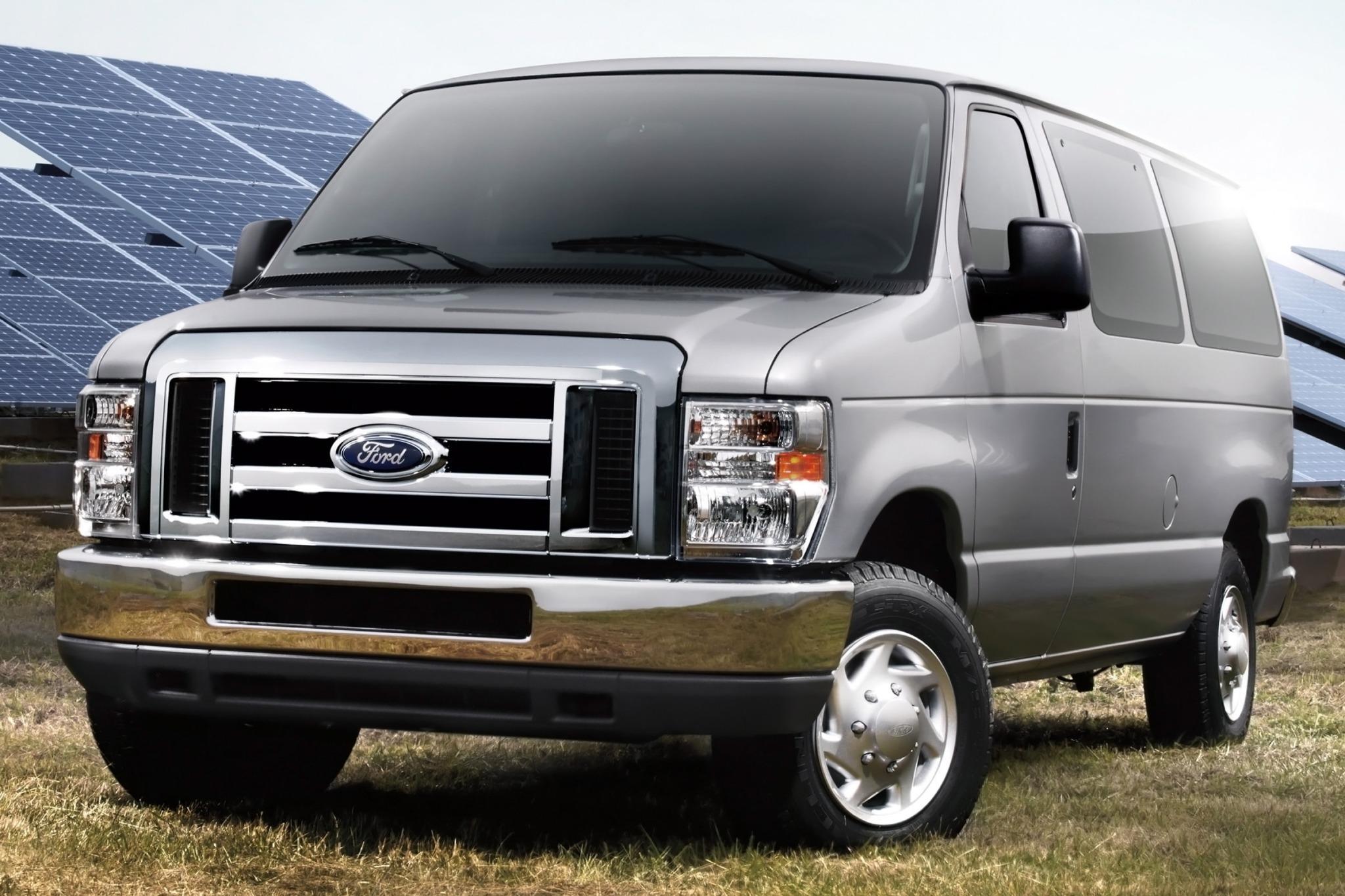 2013 ford e series wagon passenger van e 150 xlt fq oem 4 2048