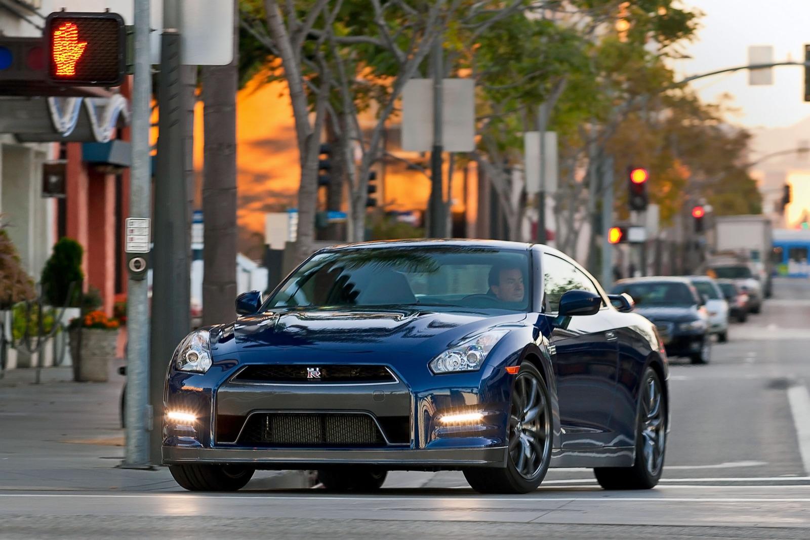 2013 nissan gt r coupe premium fq oem 1 1600