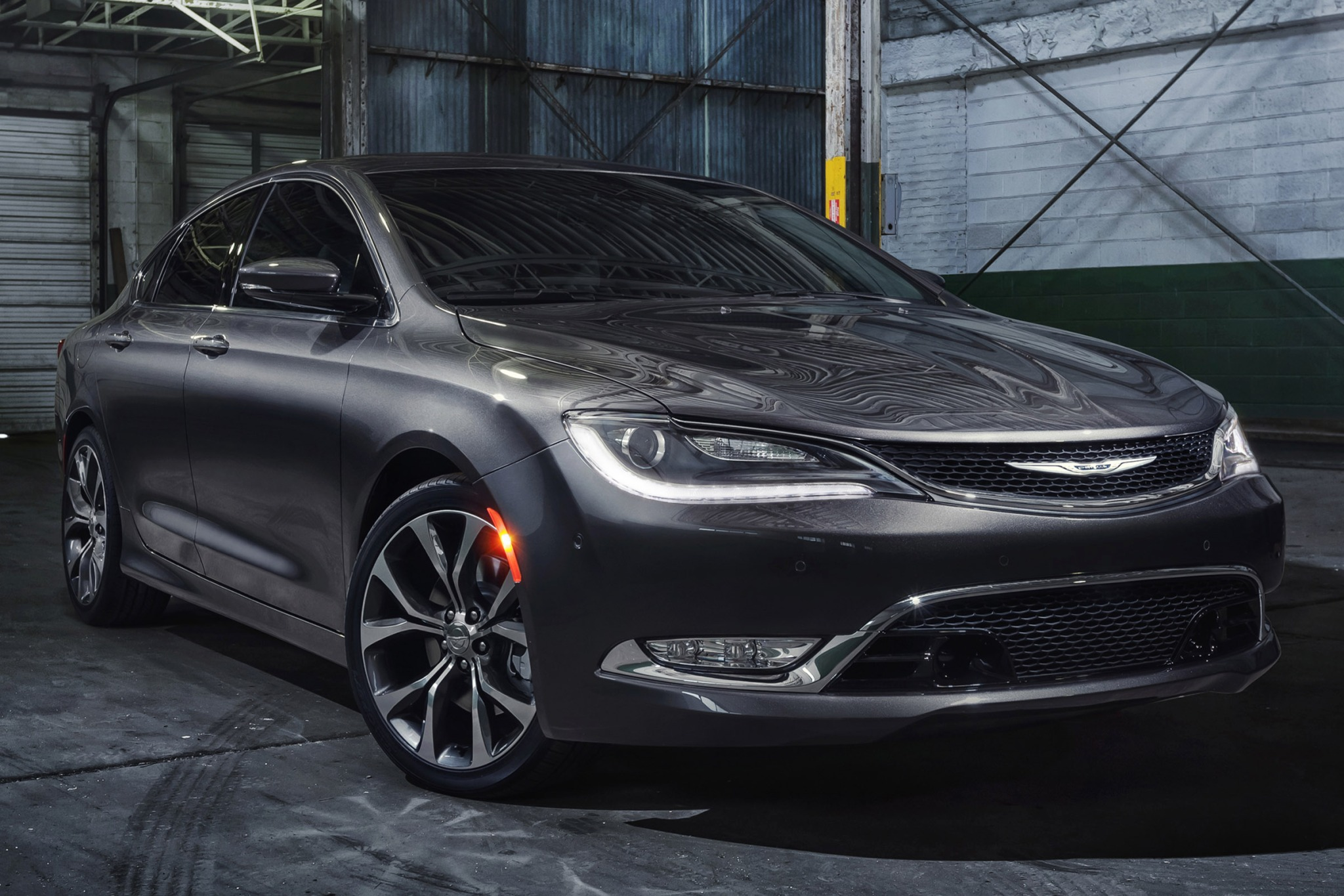 2015 chrysler 200 sedan c fq oem 2 2048