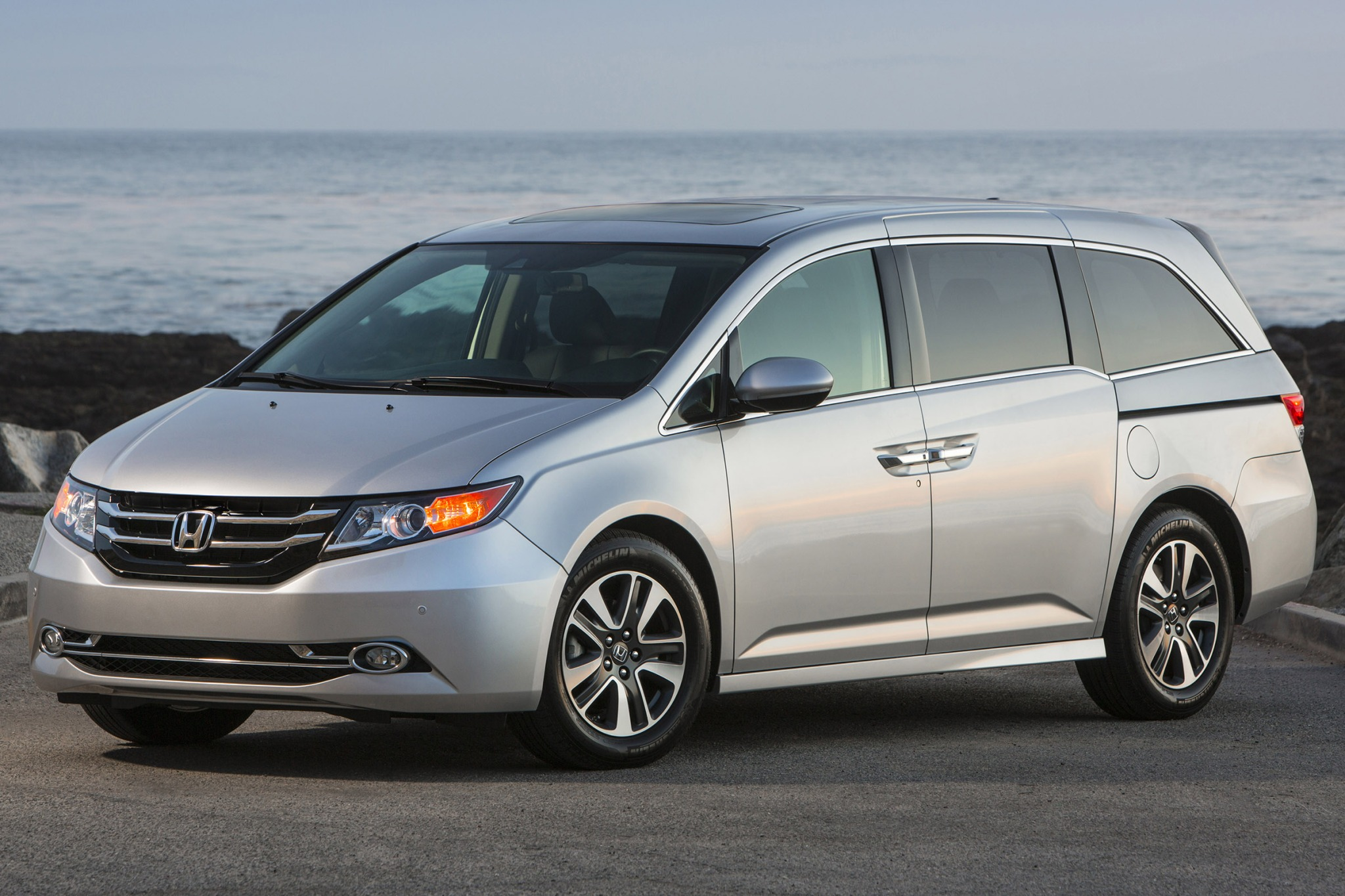 2015 honda odyssey passenger minivan touring elite fq oem 1 2048
