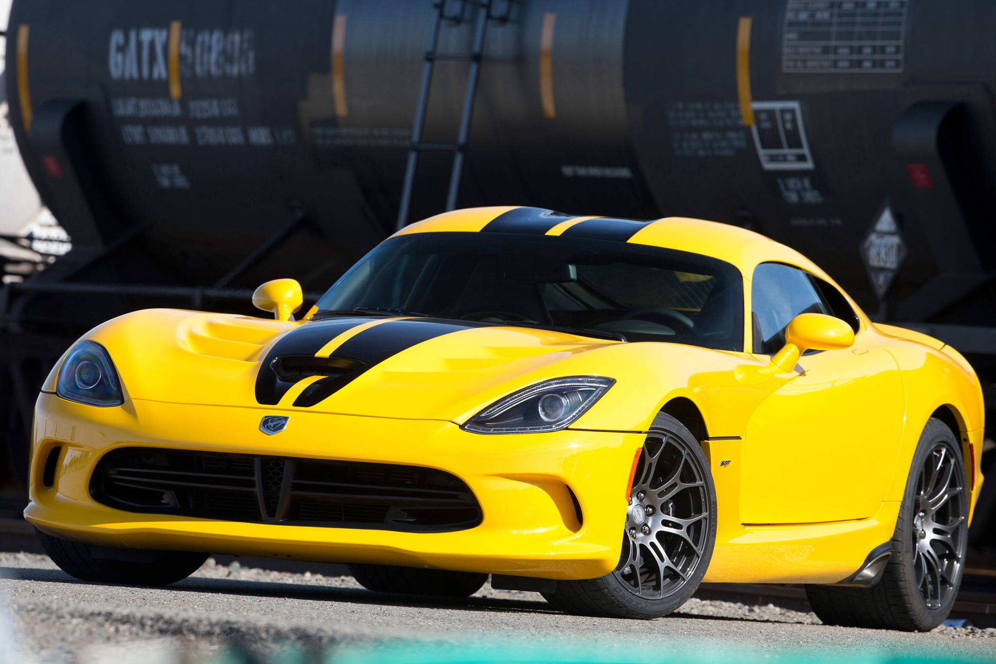 2016 dodge viper coupe srt fq oem 1 2048