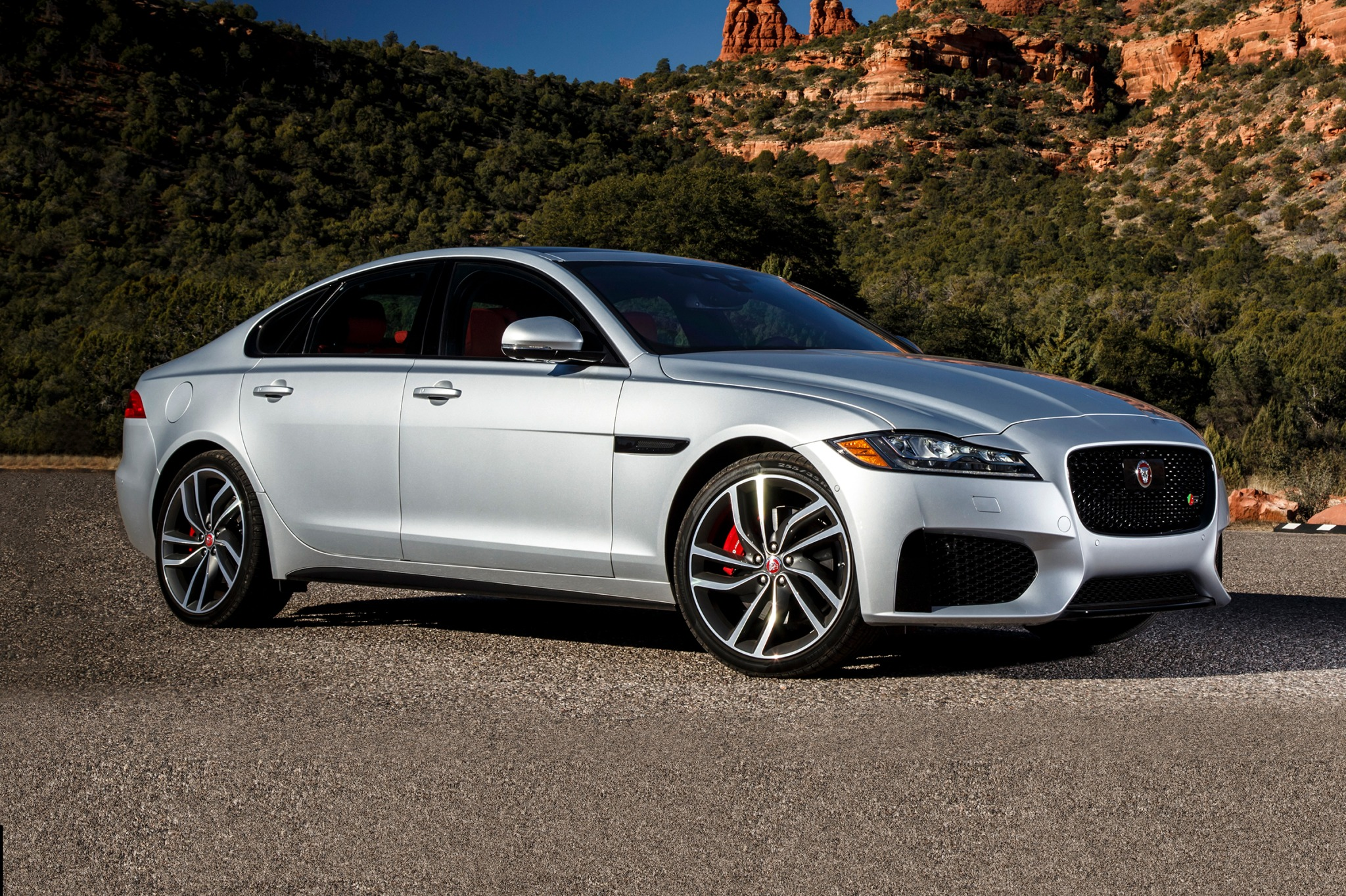 2016 jaguar xf sedan s fq oem 1 2048