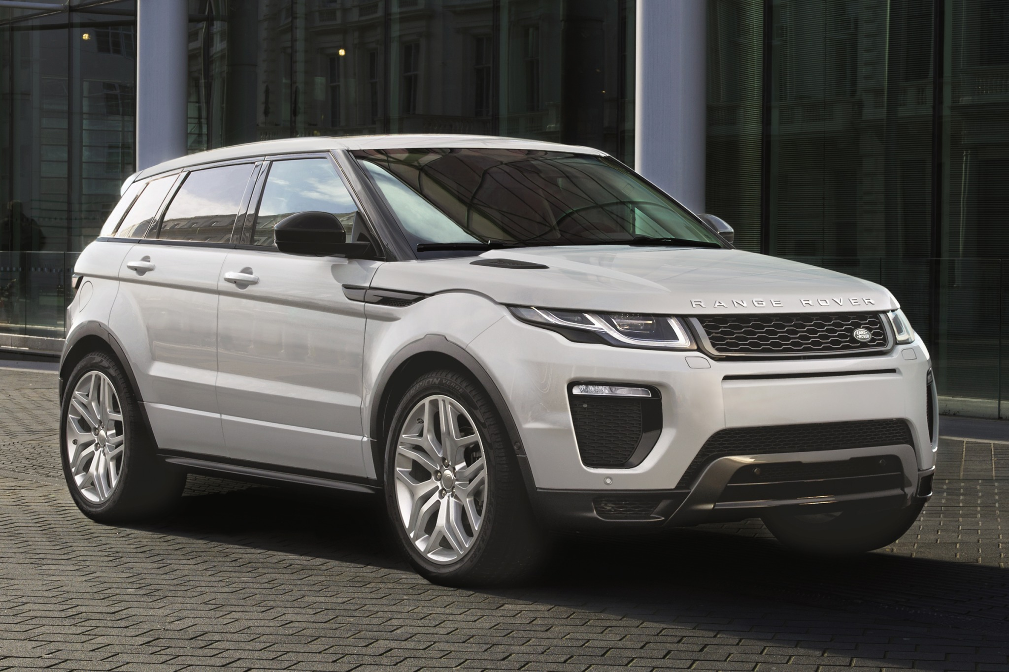 2016 land rover range rover evoque 4dr suv hse wdynamic package fq oem 1 2048