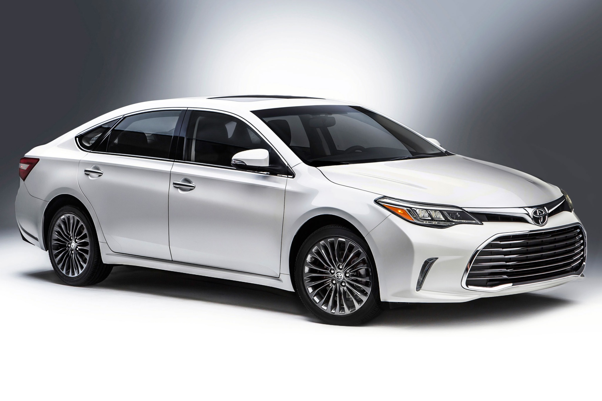 2016 toyota avalon hybrid sedan xle premium fq oem 1 2048