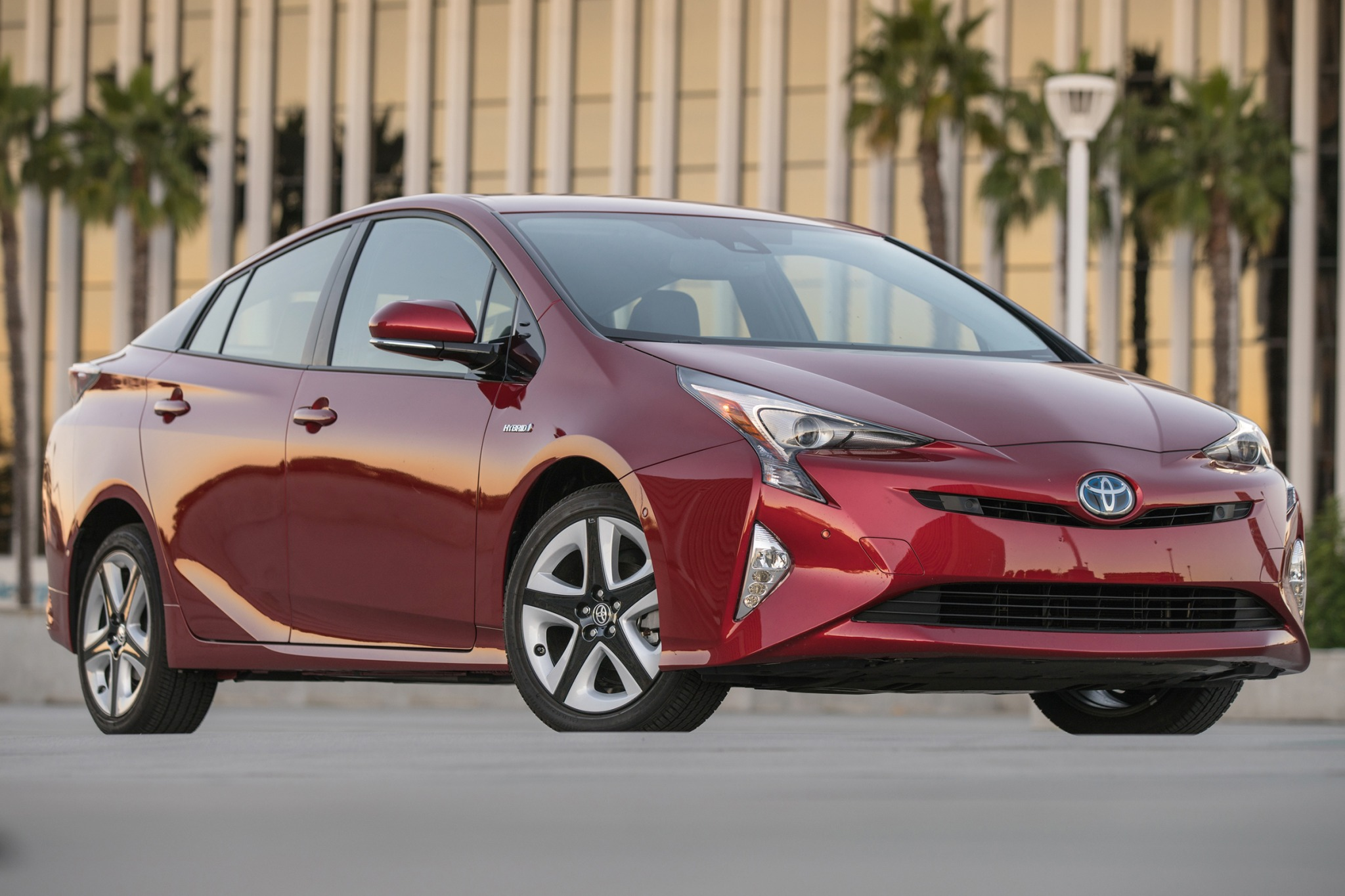 2016 toyota prius 4dr hatchback four touring fq oem 1 2048