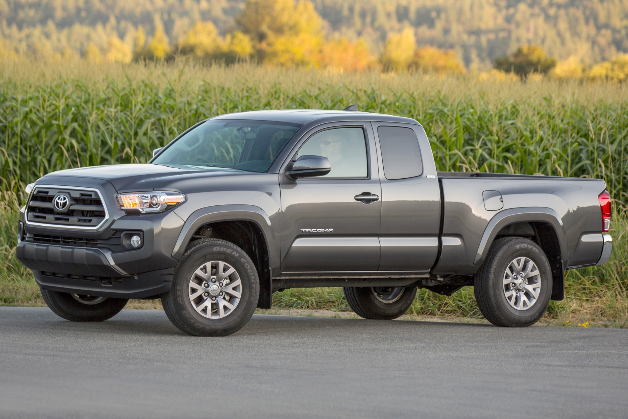 2016 toyota tacoma extended cab pickup sr5 fq oem 1 2048