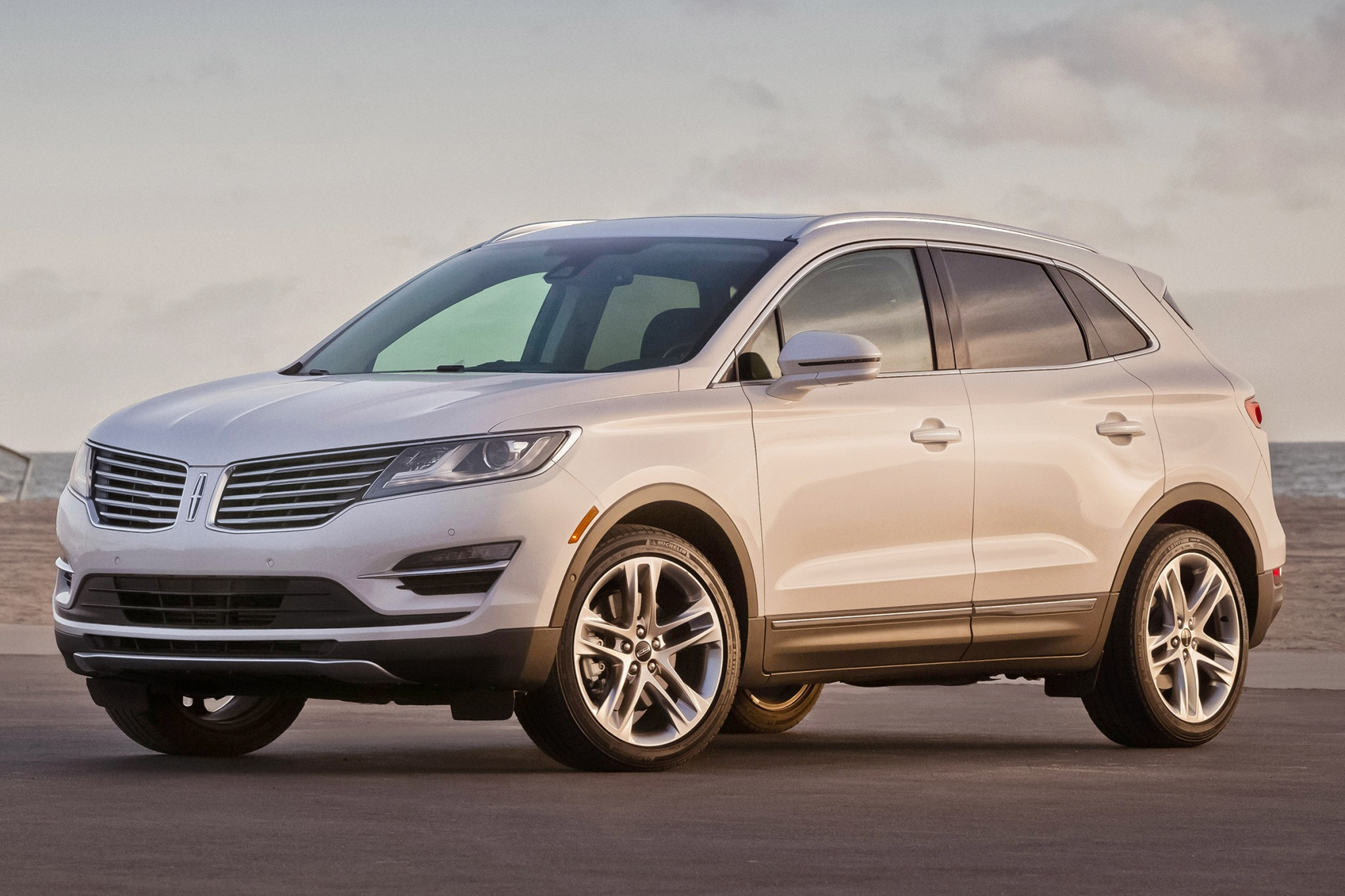 2017 lincoln mkc 4dr suv select fq oem 1 2048