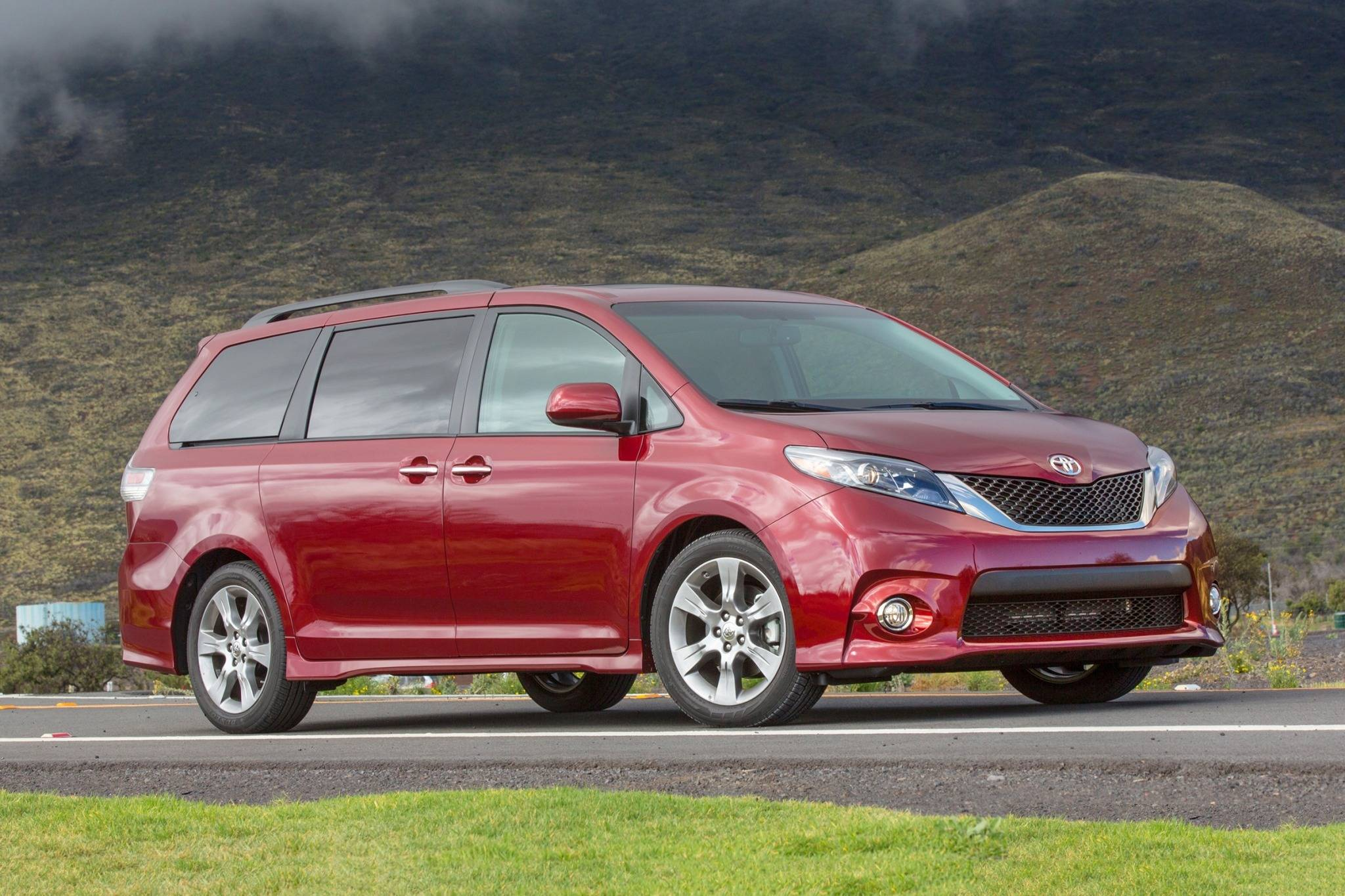 Toyota Sienna Service Manual: Coolant