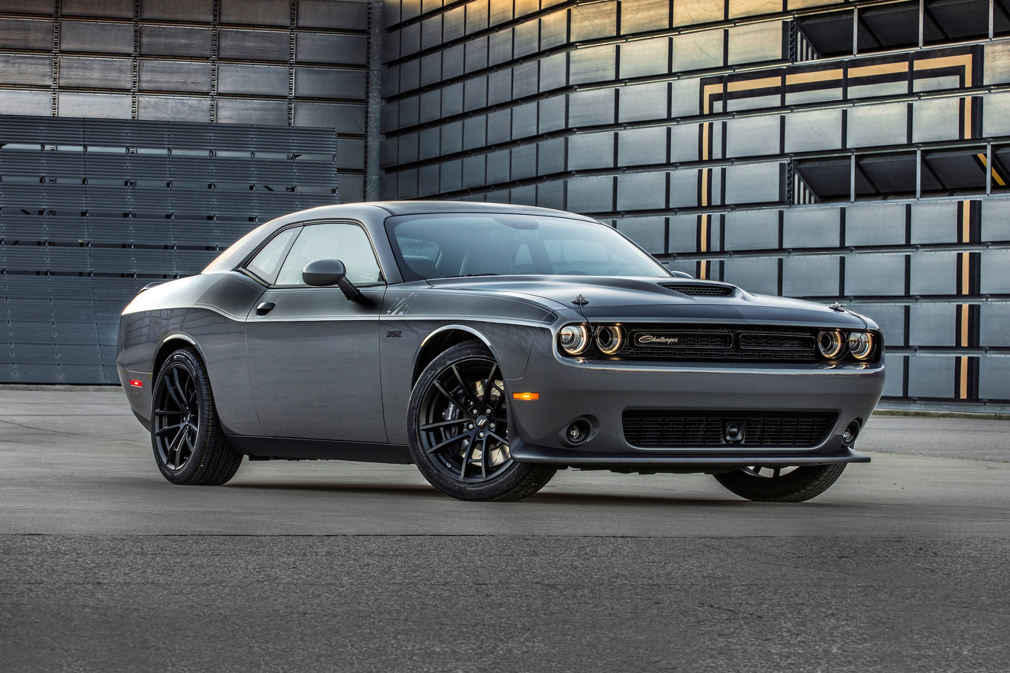 2018 dodge challenger coupe ta 392 fq oem 1 2048