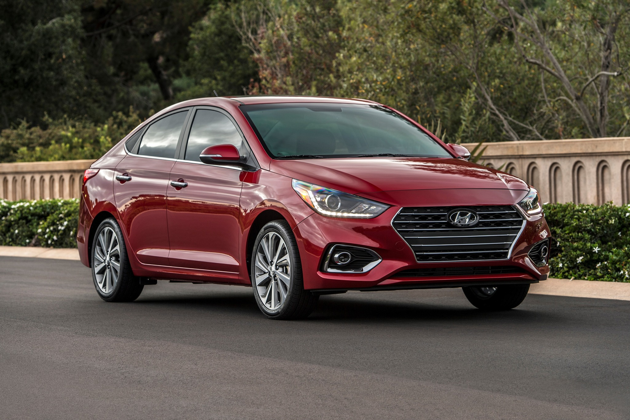 2018 hyundai accent sedan limited fq oem 1 2048