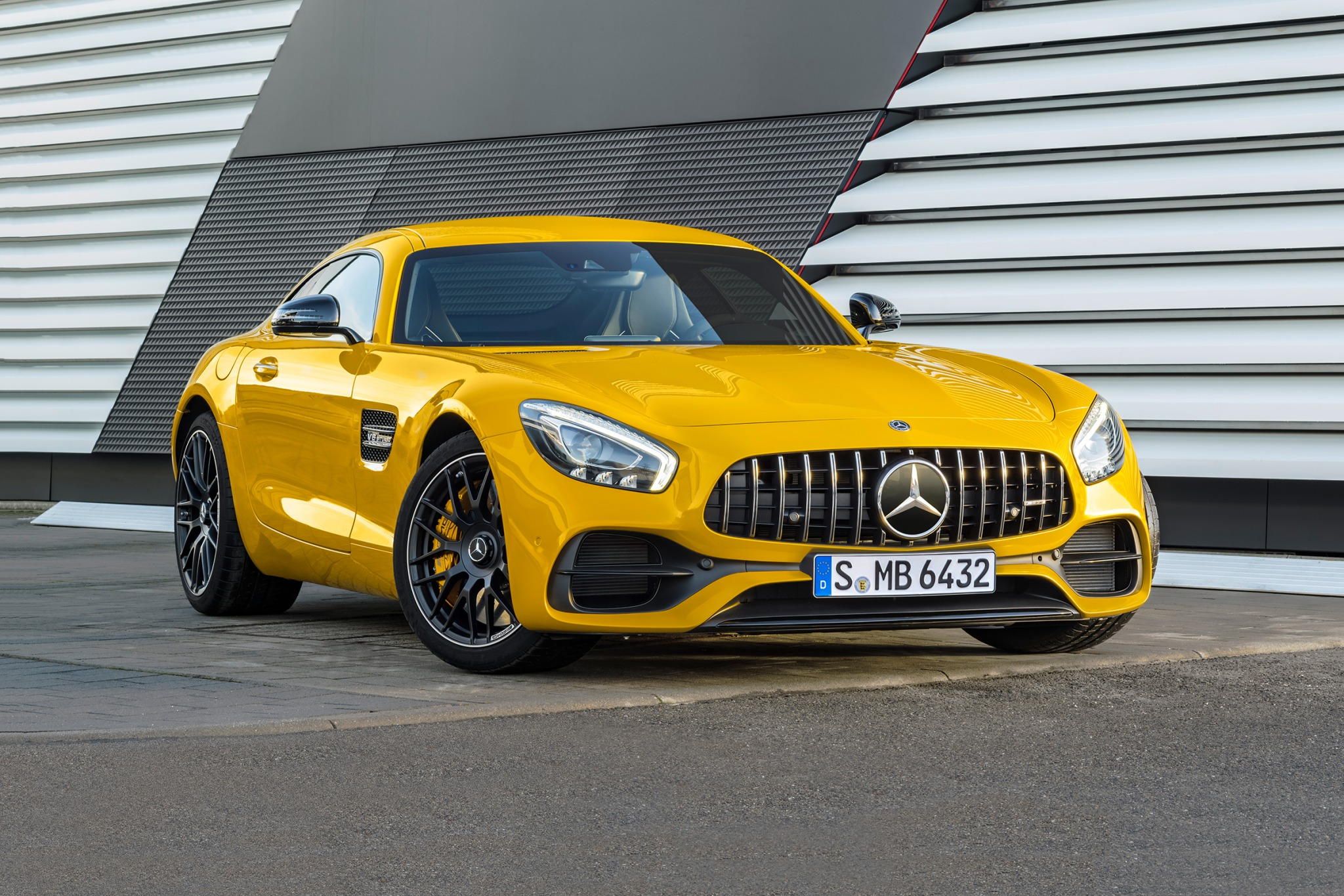 2018 mercedes benz amg gt coupe s fq oem 1 2048