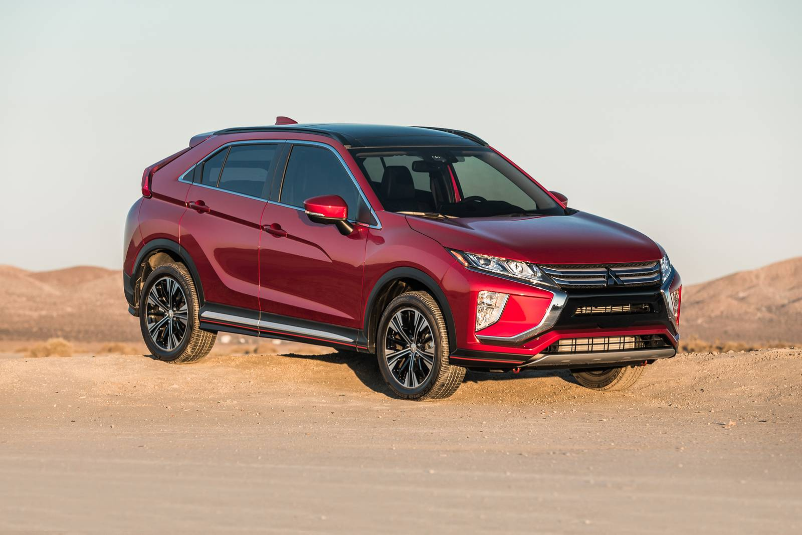 2018 mitsubishi eclipse cross 4dr suv sel touring fq oem 1 1600
