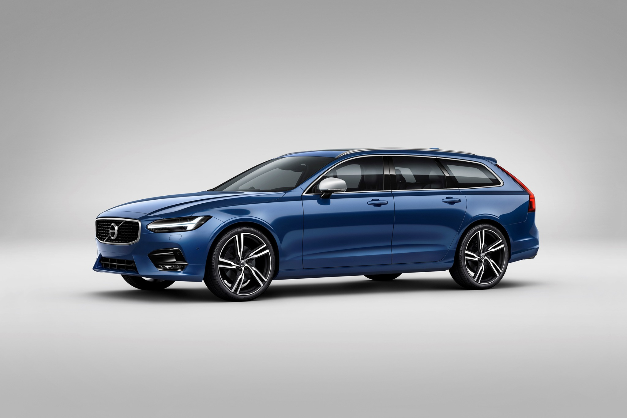2018 volvo v90 wagon t6 r design fq oem 1 2048