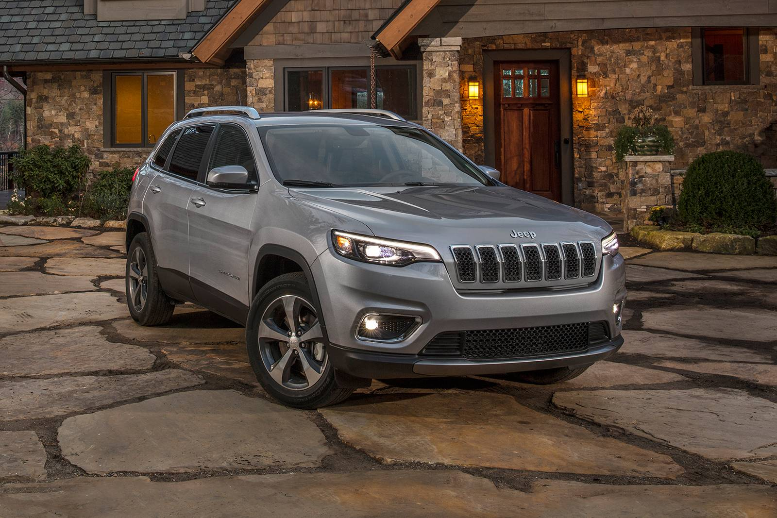 2019 jeep cherokee 4dr suv limited fq oem 1 1600